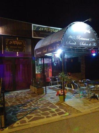 Ollioules, ฝรั่งเศส: l' entrée accueillante