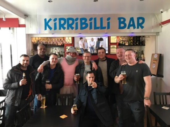 Kirribilli Guest House: Top stag do to remember! The owner Raj is incredible! Unbelievable customer service!!
