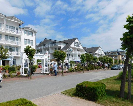 Ostseebad Baabe, Deutschland: Strandstrasse v Baabe