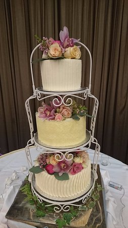 Roscommon, Irland: Wedding Cakes at Molloys Artisan Bakery