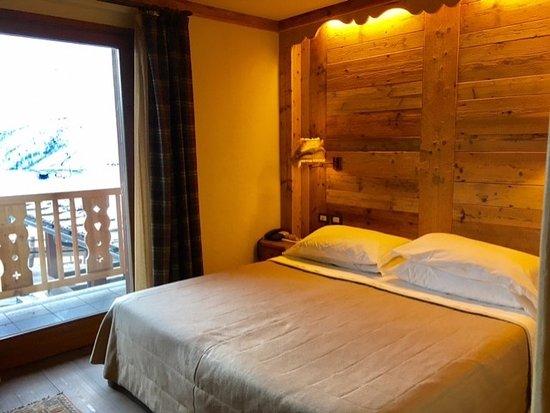 Bedroom 103 bild fr n hotel meuble mon reve breuil for Hotel meuble mon reve