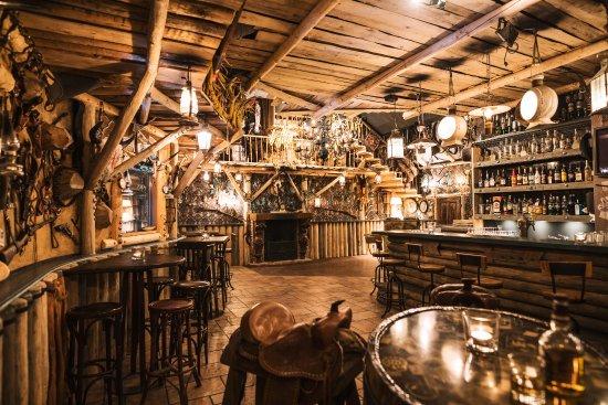 Sihlbrugg, Suiza: Saloon