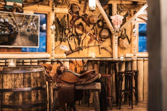 Sihlbrugg, สวิตเซอร์แลนด์: Saloon