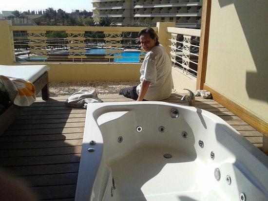 Sindbad Aqua Hotel & Spa : Whirlpool-Zimmer mit Terrasse
