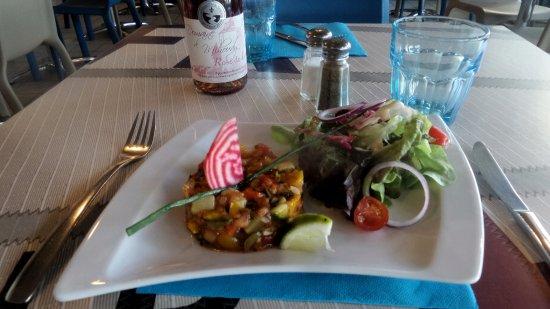 Tartare de Légumes? Brasserie La Flottille, Prefailles