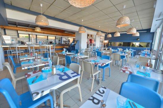 Prefailles, Γαλλία: Une ambiance Conviviale, restaurant , La Flottille, Préfailles