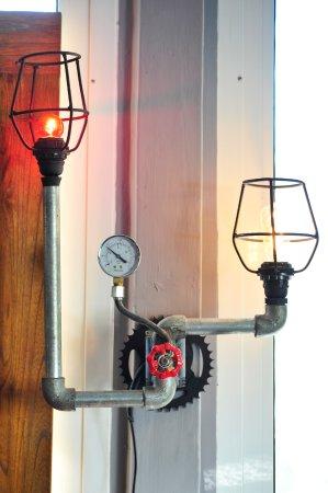 Tamarin: Une lampe industrielle