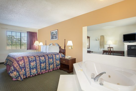 Picayune, MS: Jacuzzi room