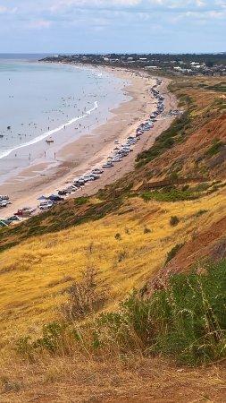 Aldinga Beach, Australia: Cars on the beach