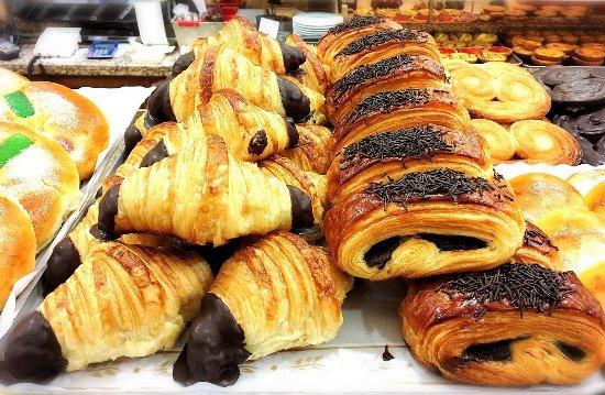 Parte Vieja : 美味しいパン屋もあり、朝から大興奮!