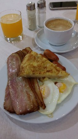 Hotel Monarque Fuengirola Park: breakfast
