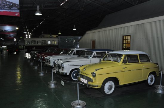 George, Sydafrika: Old cars. There's a huge selection
