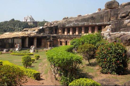 Kerala Travels Interserve: architectural marvels