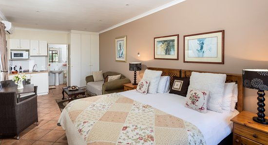 Algoa Guest House: King/ Twin room