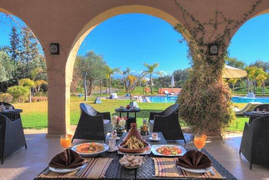 Villa marco au jardin des senteurs marrakech for Au jardin review