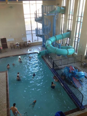 Holiday Inn Express & Suites Great Falls: the water park area