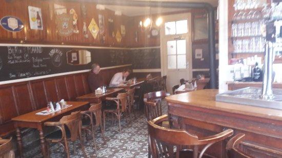 Wemmel, Belgium: ons gezellig bruin eetcafé