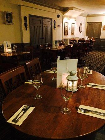 Pontyclun, UK: The Ivor Arms Inn