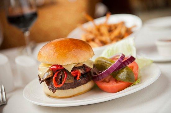 Ashburn, VA: Eddie's Prime Strip Burger