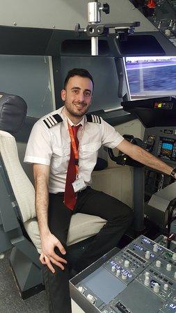 iPILOT Flight Simulator Experience: Nick the Instructor