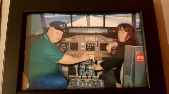 iPILOT Flight Simulator Experience: Myself & my wife