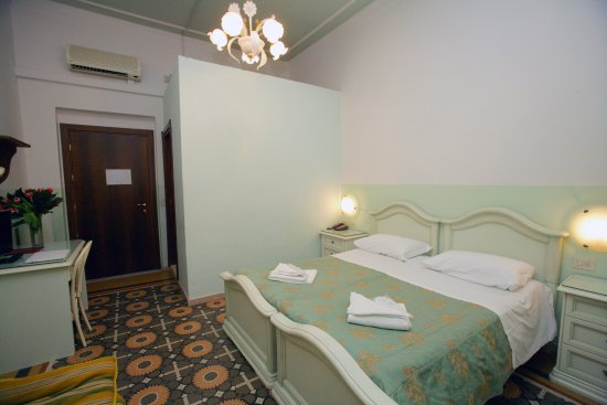 Hotel Desiree - UPDATED 2017 Prices & Reviews (Florence ...