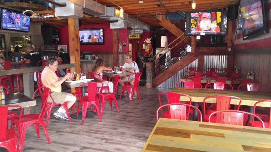Snapper Jacks: Our main dining space.