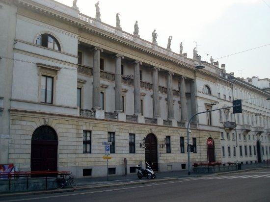 Palazzo Rocca Saporiti