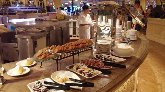 serving station 5 picture of oasis buffet palm springs tripadvisor rh tripadvisor com seafood buffet in palm springs buffet palm springs california