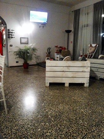Bivigliano, Italia: un angolo della Sala