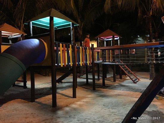 Thermas Park Resort & Spa: Brinquedos externos