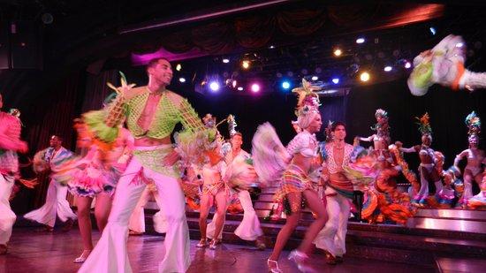 Cabaret Parisien: Parte del show