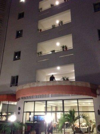Grand Hotel d'Abidjan: View from inside walls