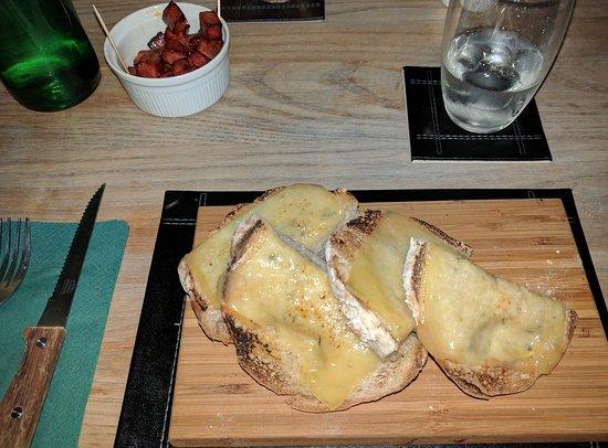 The Falcon: Garlic bread and chorizo for starters.