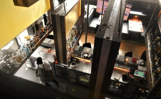 Luke's Kitchen and Bar: Clean and comfortable