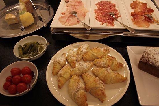 Mountain Residence Christophorus: Breakfast