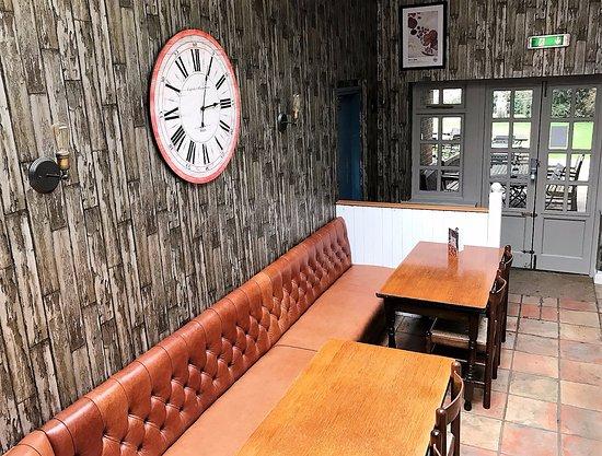Pembury, UK: Famly Dining Area