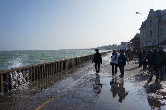Isigny-sur-Mer, Γαλλία: Grande marée à Grand camp près d'Isigny sur mer