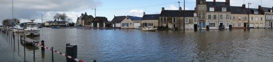 Isigny-sur-Mer, Γαλλία: Grande marée à Isigny sur mer
