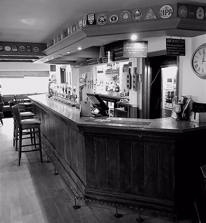 Pembury, UK: Traditional Bar
