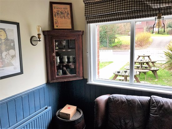 Pembury, UK: Another cosy corner