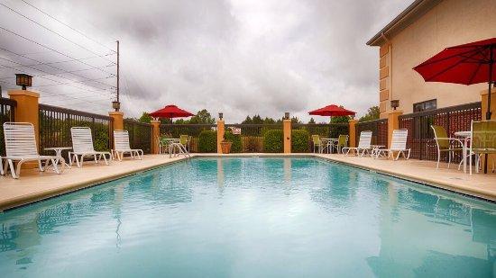 Greenville, Carolina del Norte: Seasonal Outdoor Pool
