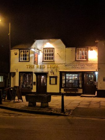 Lenham, UK: The Red Lion