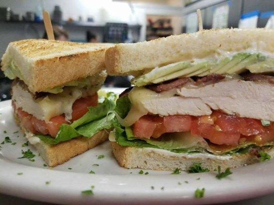 Auburn, Калифорния: Turkey and Bacon Sandwich