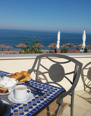 Kalo Nero, Grecia: Unforgettable breakfast