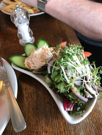 Heathfield, UK: Salad that came with rump steak, not nice