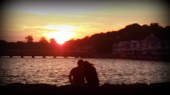 Romantic sunset- Crystal Beach boat launch