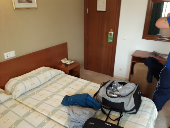 Camposol: Adequate and tidy twin room, really clean and tidy