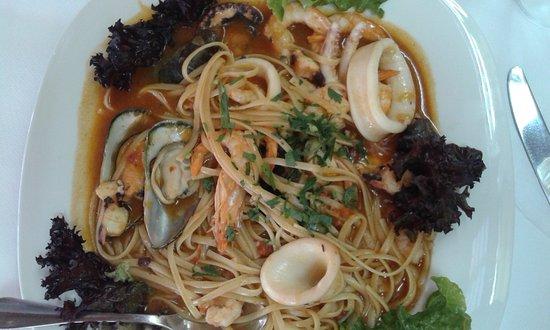 Marilena Restaurant: μακαρονάδα θαλασσινών!