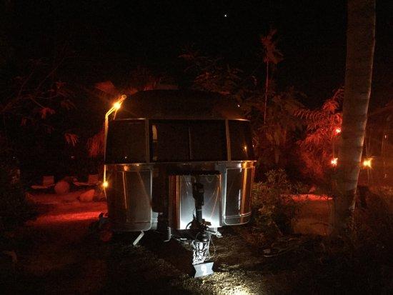 โอจาอิ, แคลิฟอร์เนีย: Such a magical place!!! We stayed in the Audrey trailer!